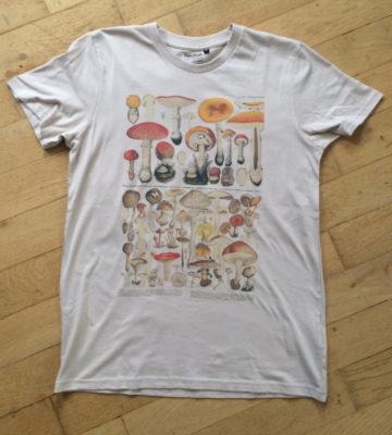 mushrooms amanitas fairtrade t-shirt